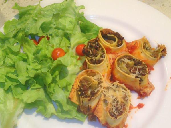 healthy lasagne rolls