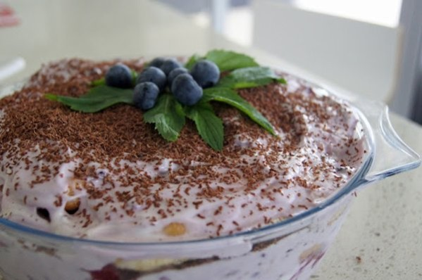 low fat berry tiramisu