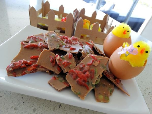 DSC00132 599x449 - Dairy Free Easter Chocolate Bark