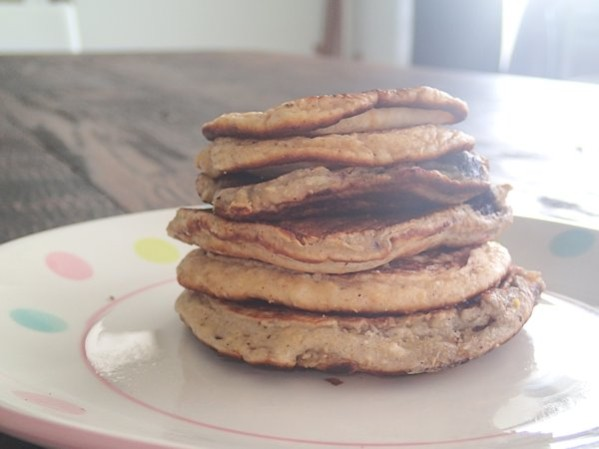 P5200281 599x449 - Sugar Free Wholemeal Pikelets - School Snack Idea