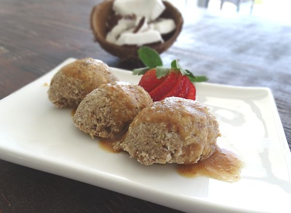 coconut icecream with caramel date sauce