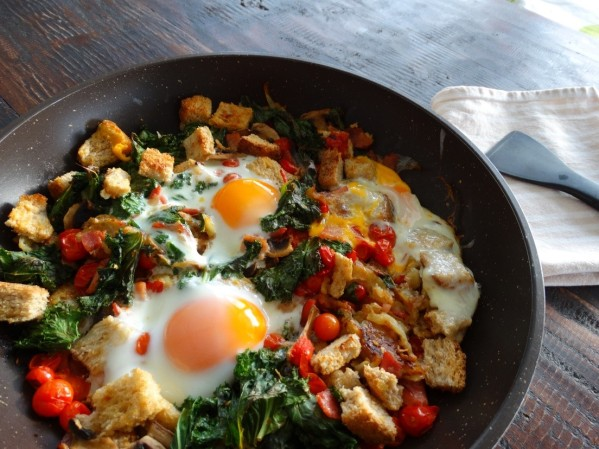 hash 599x449 - Light and Healthy, Clean and Green Breakfast Hash