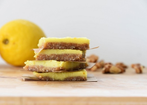 D75 2356 599x428 - Sugar free Luscious Lemon Cheesecake Slice