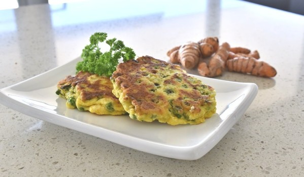 pea and turmeric fritters