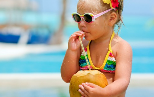 5 Healthy Eating Tips When Travelling With Toddlers