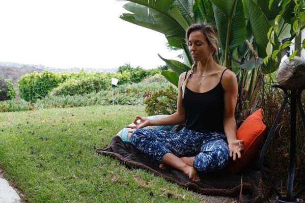 sally fitzgibbons yoga