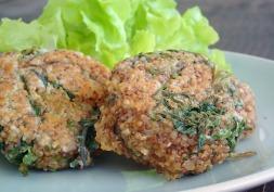 Cheesy kale quinoa patties - embrace the kale!