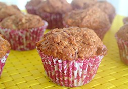 Low sugar apple muffins - healthy school snacks