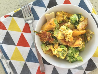 One Pan Turmeric and Vegetable Breakfast Bowl - Low Carb
