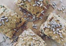 seedy oat loaf